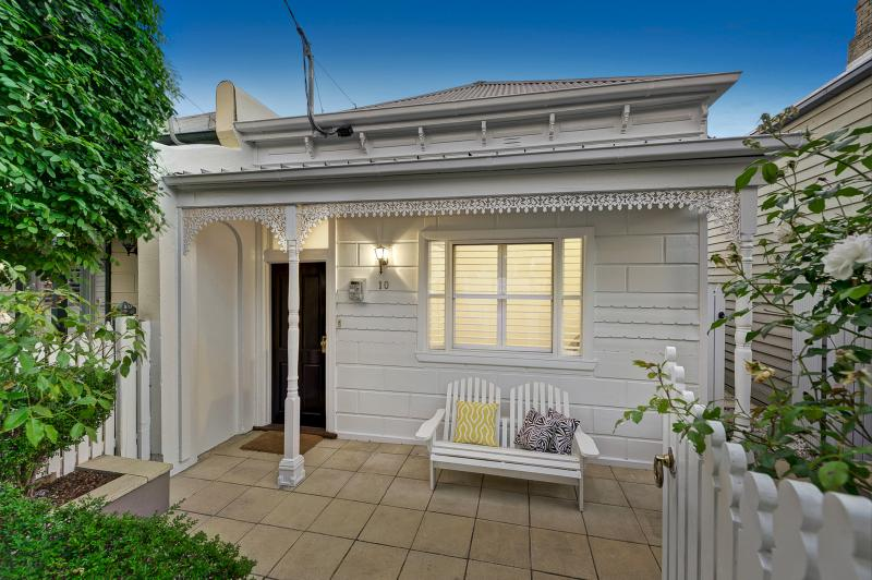 10-Bowler-Street-Hawthorn-East-VIC-3123-Real-Estate-photo-1-large-8288350