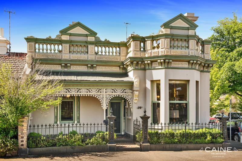 70-Albert-Street-East-Melbourne-VIC-3002-Real-Estate-photo-1-large-9783682