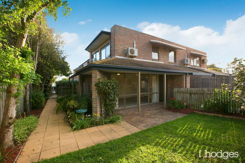 8-128-130-Beach-Road-Parkdale-VIC-3195-Real-Estate-photo-8-large-9571532